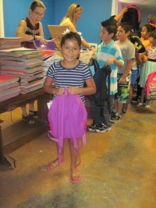 Agua Viva school supplies program helps families overcome challenges of life in El Cenizo.